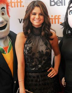 From Britney Spears to Taylor Swift, The 10 Best Dressed Celebs of the Week Selena Gomez Hair Color, Selena Gomez Style, Celebrity Inspired Dresses, Celebrity Dresses, Marie Gomez, Celebs, Celebrities, Britney Spears, Beautiful People