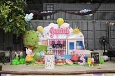 Let's Oink To Jenna's Picnic Party First birthday Party - 1 st birthday - Summer Picnics First Birthday Party Themes, Baby Birthday, Birthday Presents For Men, Kids Party Decorations, Baby Party, Birthday Balloons, First Birthdays, Picnic Recipes, Picnic Ideas