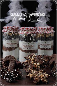 Galletas navideñas de chocolate y avellanas {by Paula, Con las Zarpas en la Masa}