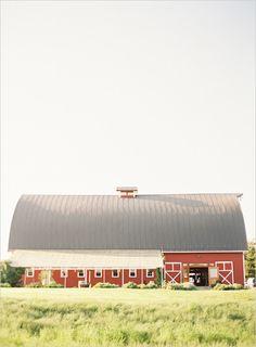 Washington barnyard wedding venue