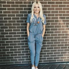 Image may contain: 1 person, standing Vet tech aesthetic Scrubs Outfit, Scrubs Uniform, Vet Scrubs, Cute Medical Scrubs, Dental Scrubs, Beautiful Nurse, Nursing Clothes, Nursing Outfits, Greys Anatomy Scrubs