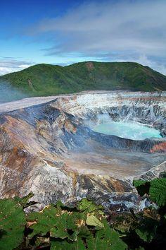 Volcan Poas in Alajuela, Costa Rica