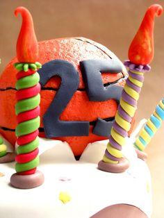Tara de cumpleaños para un jugador de baloncesto