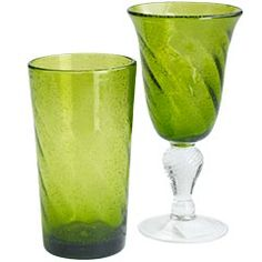 Nice color, and you can enjoy the bubbles inside the glass even if there aren't bubbles inside the drink!