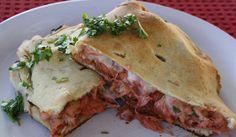 GRUPO-MOITA: Calzone de Frango com Molho Barbecue