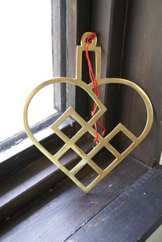 Swedish brass heart
