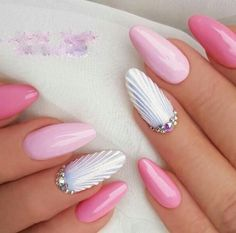 """Beautiful Nails in the Style \""""Wave\"""" Trend of 2018 Women Style! Beautiful Nails in the Style \""""Wave\"""" Trend of 2018 Sns Nails Colors, Pink Nails, Gel Nails, Orange Nails, Nail Nail, Classy Nails, Cute Nails, Pretty Nails, Classy Nail Designs"""