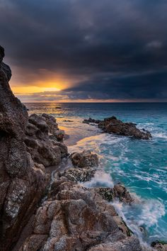 Calella by Alfredo Baño Martinez / Beautiful Places To Visit, Beautiful World, Beach Rocks, Nature Photos, Beautiful Landscapes, Wonders Of The World, Nature Photography, Sunrise, Outdoor