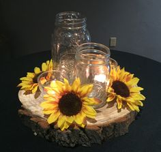 Latest Pictures Floating Candles mason jar Ideas Of course, you can find a wonderful way to merge Flames and also Waters (even in case it doesn't s centerpieces mason jars Sunflower Wedding Centerpieces, Wedding Centerpieces Mason Jars, Floating Candle Centerpieces, Graduation Centerpiece, Quinceanera Centerpieces, Simple Centerpieces, Centrepieces, Rustic Mason Jars, Mason Jar Candles
