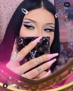 Dope Makeup, Edgy Makeup, Basic Makeup, Eye Makeup Art, Makeup Inspo, Makeup Inspiration, Creative Eye Makeup, Colorful Eye Makeup, Makeup Themes