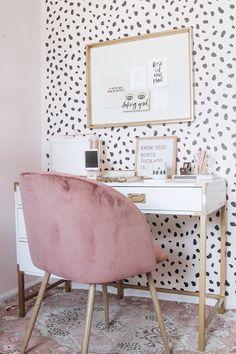 5 Baffling Home Office Design Ideas! - - 5 Baffling Home Office Design Ideas! Innenministerium 5 verblüffende Home Office-Designideen! Home Office Design, Home Office Decor, House Design, Home Decor, Office Ideas, Office Designs, Office Inspo, Pink Office Decor, White Office