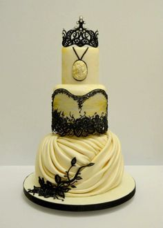 Gorgeous Cakes by Vinism Sugar Art | Calligraphy by Jennifer