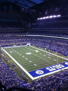 Lucas Oil Stadium 2 - Giants vs Indianapolis September 19, 2010.  Manning Bowl II.