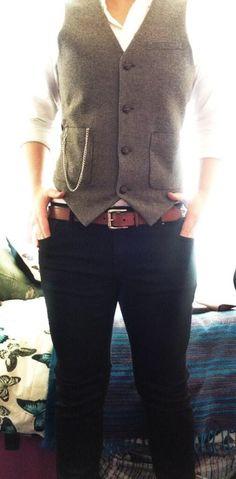 Love the waistcoat, shirt & jeans combo.