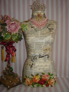 Create your own with the dress forms at Barr Display