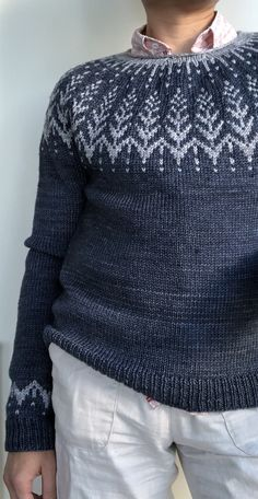 Ravelry: Vintersol pattern by Jennifer Steingass Double Knitting Patterns, Fair Isle Knitting Patterns, Knitting Blogs, Sweater Knitting Patterns, Knitting Designs, Knit Patterns, Easy Knitting, Norwegian Knitting, Icelandic Sweaters