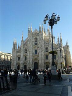 Duomo di Milano, maestosa cattedrale in stile gotico nel pieno centro di Milano..da vedere almeno una volta nella vita, emozione assicurata!