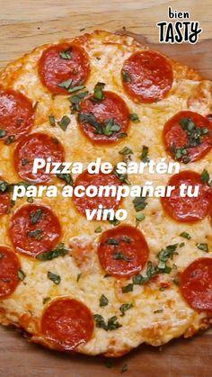 Bien Tasty, Comida Diy, Deli Food, Salty Foods, Chapati, Food Dishes, Love Food, Food Videos, Quesadilla