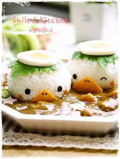 Little rice ball chickens for the next chicken curry/stew? Cute Food, Good Food, Yummy Food, No Cook Meals, Kids Meals, Kawaii Cooking, Bento Kids, Cute Bento, Kawaii Bento