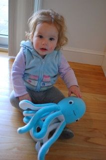 Octopus PDF Sewing Pattern by whileshenaps: What great tentacles!    DIY