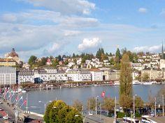 So eine schöne Aussicht hat man vom Hotel MONOPOL Luzern... auch im Herbst traumhaft schön. Herzlichst❤️, Brigitte Heller, Hotel Direktorin