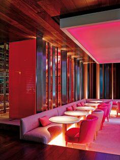 Aquí tienes un plan A Restaurant Plan, Restaurant Lounge, Bar Lounge, Restaurant Design, Bar Interior, Interior Design, Nightclub Design, Trendy Bar, Coffee Shop Design