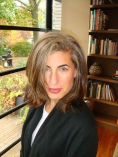 Elizabeth Kubany, growing her gray hair out using highlights. FOURTH ...