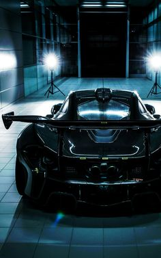 (°!°) McLaren P1 GTR, studio photography