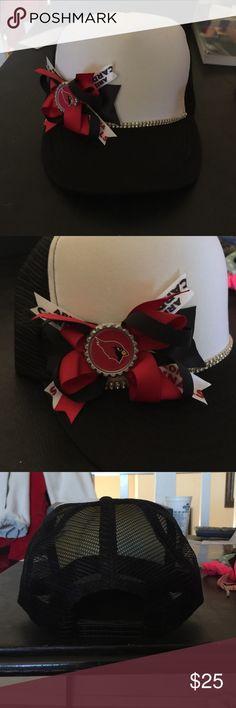 Brand new Arizona Cardinals Trucker Hat Brand new! Never been worn! Super cute trucker hat Accessories Hats