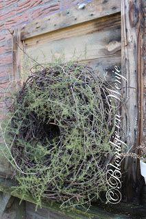 worstelkrans sober en ruig kransen wreath pinterest kransen takken en natuurlijk. Black Bedroom Furniture Sets. Home Design Ideas