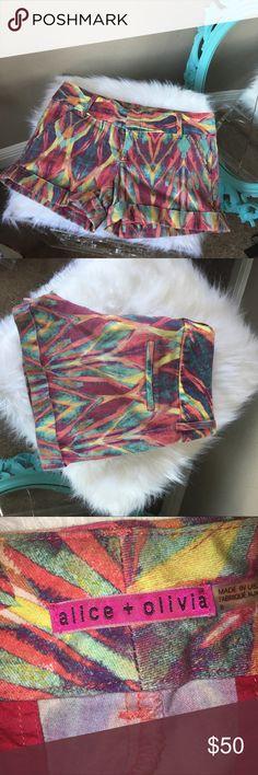 Alice & Olivia tie dye tribal print pattern shorts Rare pattern to find! Alice + Olivia Shorts