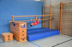 Indoor Toddler Gym, Parkour Kids, Teaching Skills, Baby Gym, Exercise For Kids, Kids Sports, Physical Education, Pre School, Preschool Activities