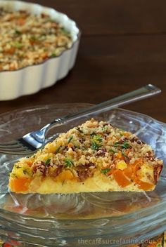 Crustless Bacon and Butternut Squash Quiche - super delicious and perfect for breakfast, brunch, lunch and casual dinners. It's also decently healthy really easy to throw together! use pork rinds and parmesan for panko Super Healthy Recipes, Healthy Foods To Eat, Quiches, Brunch Recipes, Breakfast Recipes, Breakfast Ideas, Dinner Recipes, Bacon Quiche, Pizza