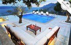 Villa Mišćić an der Makarska Riviera: 4 Schlafzimmer, für bis zu 10 Personen. Traumhaus in Brela*Beheizbarer Swimmingpool*Bestpreis-Garantie*Frühbucherrabatt*   FeWo-direkt