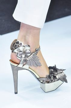 View all the detailed photos of the Gianfranco Ferre spring / summer 2014 showing at Milan fashion week. Fancy Shoes, Crazy Shoes, Me Too Shoes, Shoe Boots, Shoes Heels, Ugly Shoes, Hot Shoes, Pumps, Runway Shoes