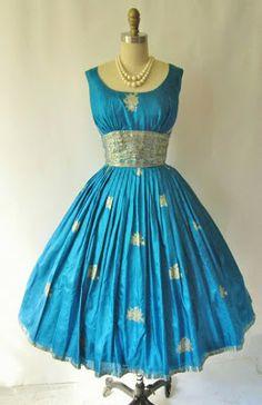 Tuppence Ha'penny: Happy Diwali ~ 1950s Sari Dresses