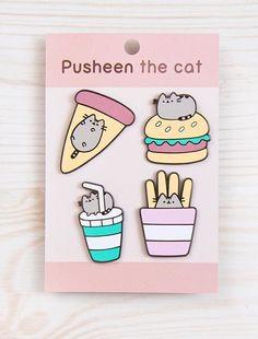 cats in pusheen beds eaten food Gato Pusheen, Pusheen Love, Pusheen Shop, Pusheen Stuff, Look Patches, Pin And Patches, Jacket Pins, Kawaii Cat, Cool Pins