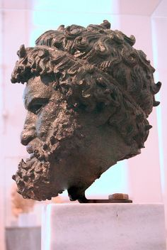Athens Museo Arqueológico by HBarrison, via Flickr