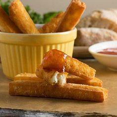 A different sort of crunchy fries ... halloumi fries! Just don't forget the sour cream and sweet chili sauce for dipping!