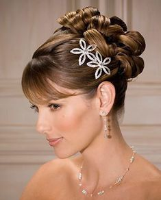 A very elegant updo and bangs hairstyle Latest Hairstyles, Pixie Hairstyles, Bride Hairstyles, Hairstyles With Bangs, Stylish Hairstyles, Natural Hairstyles, Long Hair Wedding Styles, Long Hair Styles, Bangs Updo
