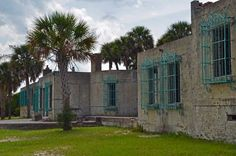 Atalaya Castle (Huntington Beach State Park, Murrell's Inlet, SC) Carolina Pride, Myrtle Beach South Carolina, Myrtle Beach Sc, North Carolina, Wonderful Places, Great Places, Beautiful Places, Gothic Buildings, Murrells Inlet