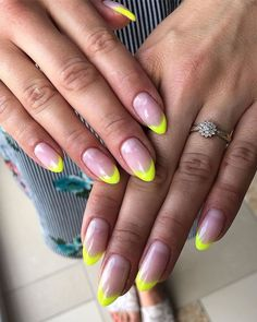 Neon Nails Art - Neon Nail Designs for Light and Dark Skin Neon Toe Nails, Neon Nail Art, Toe Nail Color, Nail Colors, Stiletto Nails, Round Nails, Oval Nails, Great Nails, Cute Nails