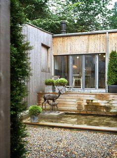 ATRIUMHUS: Denne villaen på Vinderenhar kledning i ubehandlet tre. Arkitekt er Andreas Poulsson i Poulsson/Pran.