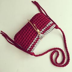 "<span class=""emoji emoji1f34e""></span>Arrow deep red bag<span…"