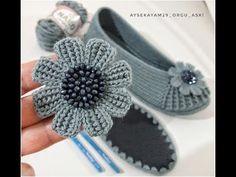 Crochet Sandals, Crochet Boots, Crochet Slippers, Crochet Earrings Pattern, Crochet Coaster Pattern, Crochet Patterns, Crochet Bouquet, Crochet Flowers, Hello Kitty Crochet