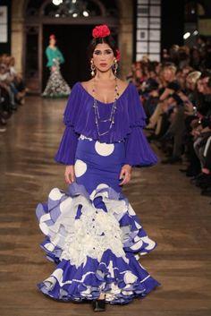 Traje de Flamenca - El-Ajoli - We-Love-Flamenco-2016 Spanish Dress, Gowns Of Elegance, Beautiful Dresses, Peplum Dress, Fashion Show, Feminine, Street Style, Boho, My Style
