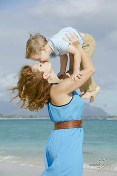 What to Wear - Family Portraits - Different Shades of Blue