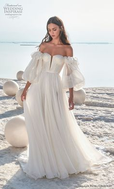Short Country Wedding Dresses Hottest Wedding Dresses Collections for best wedding dresses a line simple with puff sleeves strapless lee grebenau Green Wedding Dresses, Bridal Dresses, Wedding Gowns, Wedding Bride, Wedding Lace, Lace Dresses, Wedding Shot, Modest Wedding, Bridal Collection