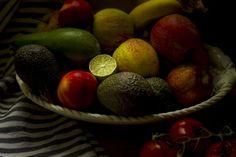 fruit op schaal by Frank Terpoorten
