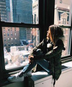 """13.6 mil curtidas, 28 comentários - Giordana Serrano (@gioserrano) no Instagram: """"Admirando a grande maça @parkcentralny wanna wake up here everyday ❄️"""""""